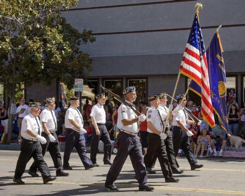 Modesto Veterans DayParade